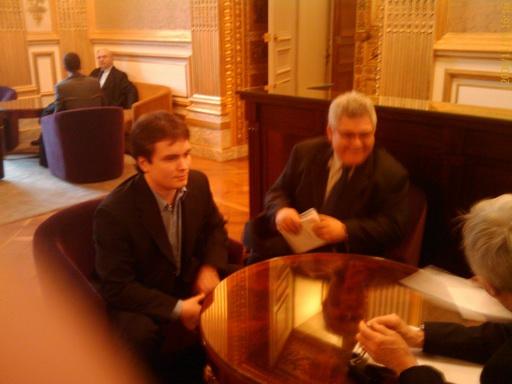 Первая встреча в Сенате